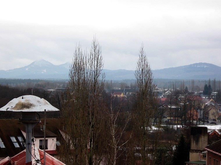 výhled z věže mimoňské školy